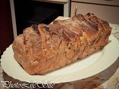 Sugary Sweet Cinnamon Pull-Apart Bread