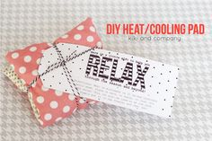 DIY Heating/Cooling Pad::Bloggers Best 12 Days of Christmas