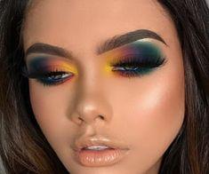 eye makeup art Makeup Eye makeup art augen make-up kunst art de maqu Eye Makeup Blue, Rainbow Eye Makeup, Makeup Looks For Green Eyes, Dramatic Eye Makeup, Eye Makeup Steps, Hooded Eye Makeup, Makeup Eye Looks, Colorful Eye Makeup, Eye Makeup Art