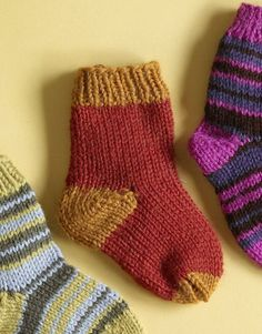 Free Knitting Pattern Lion Brand® Wool-Ease® Knit Child's Two Color Socks Baby Knitting Patterns, Love Knitting, Knitting For Kids, Knitting Socks, Knitting Projects, Crochet Patterns, Knitting Supplies, Knitting Ideas, Crochet Socks