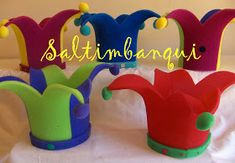 Community Helpers Preschool, Diy Y Manualidades, Crazy Hats, Photo Booth, Gifts For Kids, Party Time, Diy And Crafts, Dinosaur Stuffed Animal, Costumes