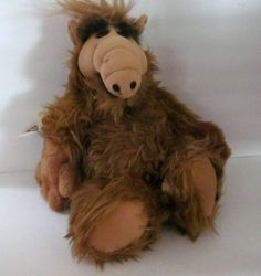"Vintage 1986 ALF 18"" Stuffed Plush Toy Animal Doll From Alien Productions $49.99 - 1986 Vintage Large 18"" ALF Plush Doll with tush tag from Alien Productions in excellent, like new condition. No disturbing odors. Awesome trip down 80s memory lane!!! This version does not talk! And all sales are final."