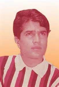 Veteran Bollywood actor Vinod Khanna passes away at 70 ...