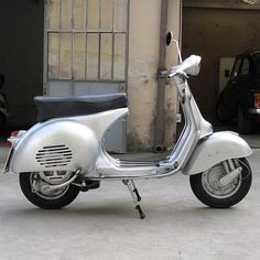 Need (Vespa GS 150 V serie 1961) The best looking scooter ever!