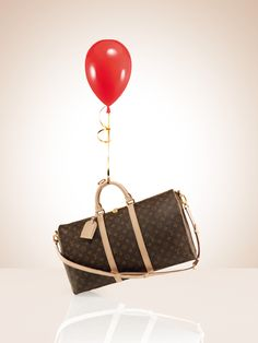 Every gift begins with a wish | LOUIS VUITTON