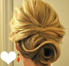 Lieblingsfrisur Nr.3: Steckfrisur für halblange Haare