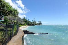 ★★★ Imperial Hawaii Resort at Waikiki, Honolulu, USA Hawaii Resorts, Hotels And Resorts, Queen Kapiolani Hotel, Honolulu Zoo, Waikiki Beach, Beach Walk, Best Location, Outdoor Pool, Swimming Pools