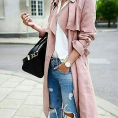 Oh, my gosh... I want this pink coat hanging in my closet. Love pink and really love the style of this.