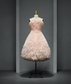 "Hussein Chalayan (British, born Cyprus, 1970) . ""Duck"" Dress, spring/summer 2000, Prêt–à–Porter. Machine–sewn pale pink polyester tulle, hand–gathered and sculpted into tufts and machine–stitched to pink cotton twill. Photo © Nicholas Alan Cope. #ManusxMachina #CostumeInstitute"