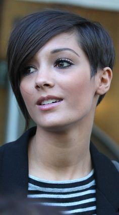 Frankie Sandford Goes Smooth And Sleek At The BBC Studios, 2010