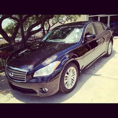 """blogger geekettebits  """"About to roll up to @CulinariaSA's sip, savor, shop in THIS! thx @GunnInfiniti"""". I want so bad <3"""