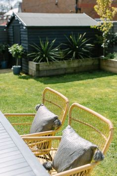 Small New Build Garden With Raised Wooden Planters Made From Railway Sleepers - Image By Adam Crohill Back Garden Ideas Budget, New Build Garden Ideas, Small Garden On A Budget, Very Small Garden Ideas, Small Garden With Shed, Black Shed, Sleepers In Garden, Small Back Gardens, Back Garden Design