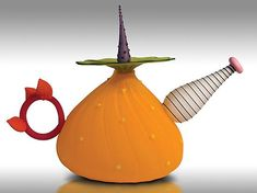Bob Kliss and Laurie Kliss  http://www.artfulhome.com/product/Art-Glass-Teapot/Garden-Variety-Teapot/56375