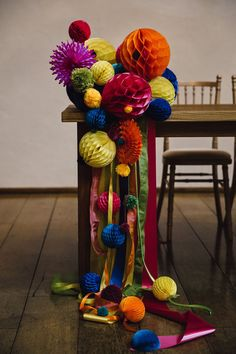 Bright pom poms were used to decorate the wedding ceremony space - wedding idea July Wedding, Wedding Ceremony, Wedding Venues, Wedding Ideas, July Background, 4th Of July Photography, 4th Of July Decorations, Space Wedding, July Crafts