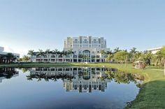 FIU - Florida International University Golden Panthers - Steven and Dorothea Green Library