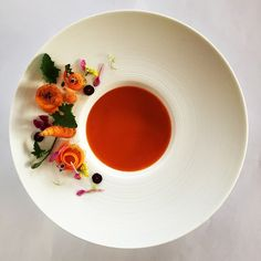 Modernist Cuisine, Plate Presentation, Soup Plating, Food Decoration, Edible Art, Culinary Arts, Creative Food, Food Design, Food Styling