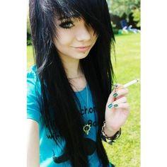 I looove her hair! She needs to get rid of that cigarette tho. Cute Scene Girls, Cute Emo Girls, Style Emo, Style Rock, Scene Style, Emo Scene Hair, Emo Hair, Brown Scene Hair, Pretty Hairstyles