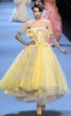 DIOR Haute Couture ~yellow  #yellow #melloyellow #yellowfashions