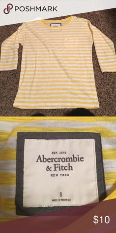 Yellow and white striped 3/4 length sleeve tee Yellow and white small striped Abercrombie 3/4 length sleeved tee Abercrombie & Fitch Tops Tees - Short Sleeve