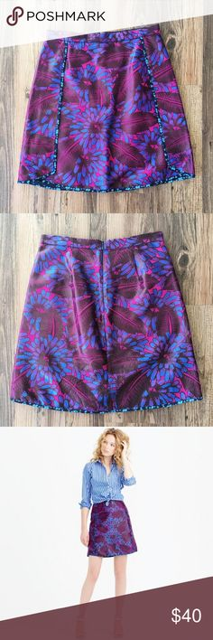 Jacquard mini skirt Pre-loved in excellent condition! This beauty is from J. Crew's summer 2015 collection. Looks great year-round! J. Crew Skirts Mini