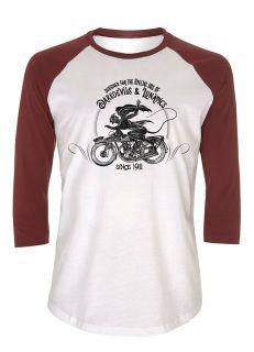 Camiseta algodón diseñada por Mister Zé disponible con las mangas en negro o en burdeo,logo lucifer en nuca . Motorcycle Shop, Baseball, Motorcycles, Classic, Mens Tops, T Shirt, Shopping, Fashion, Budget