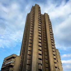 Torre de Valencia. #brutalism #madrid #spain #architecture #españa #nofilter #nofilterneeded #city #photooftheday #building #buildings by steve_olution