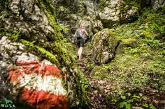 Hiking Boots, Shoes, Fashion, Mountain Climbing, Moda, Zapatos, Shoes Outlet, Fashion Styles, Shoe