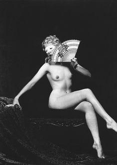 Ziegfeld girl by Alfred Cheney Johnston 16