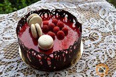 Praliné Paradicsom: Málna & fehér csokoládé torta Tiramisu, Mousse, Pudding, Ethnic Recipes, Food, Cakes, Cake Makers, Custard Pudding, Essen