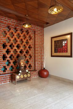 A modern bungalow using concrete, exposed brick design is designed and construced by KN Associates. Contemporary style architecture with use of kota stone. Indian Home Design, Indian Interior Design, Interior Design Blogs, Brick Interior, Ethnic Home Decor, Indian Home Decor, Ceiling Design, Wall Design, Decorating Blogs