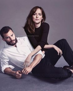 Fifty Shades Movie, Fifty Shades Trilogy, Fifty Shades Darker, Fifty Shades Of Grey, Couple Photoshoot Poses, Couple Posing, Couple Shoot, Anastacia Steele, Studio Photography Poses