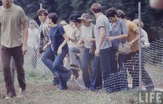 The Woodstock Music And Art Fair 1969 Woodstock, Festival Woodstock, Woodstock Hippies, Woodstock Music, Janis Joplin, Coachella, Creedence Clearwater Revival, Joan Baez, Joe Cocker