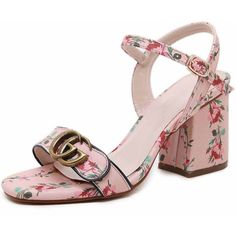 Calico Print Buckle Block Heel Sandals ($43) ❤ liked on Polyvore featuring shoes, sandals, floral platform sandals, floral sandals, platform shoes, floral-print shoes and flat platform shoes