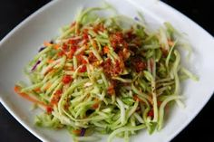 broccoli, coleslaw, kale alfalfa sprout