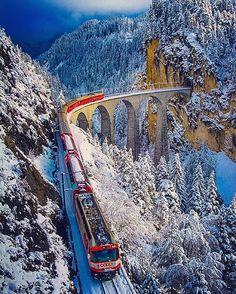 Bernina Express - Switzerland Picture by by wonderful_places Diesel, Bernina Express, Amazing Nature Photos, Switzerland Vacation, Christmas Train, Train Tracks, Train Rides, Travel Abroad, Amazing Destinations