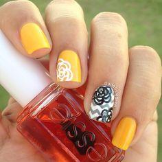 summer/flowers nail art
