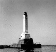 conneaut ohio lighthouse