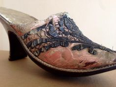 1750s pink satin and silver embroidery mule, Snowshill Collection, Berrington Hall
