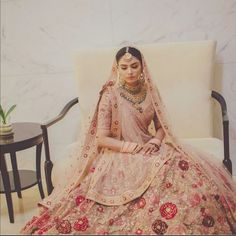 51 Most Beautiful Indian Bridal Makeup Looks and Clothing Ideas - Dulhan Images - AwesomeLifestyleFashion Indian Bridal Outfits, Indian Bridal Fashion, Indian Dresses, Bridal Dresses, Indian Clothes, Lehnga Dress, Lehenga Chunni, Sabyasachi, Saree