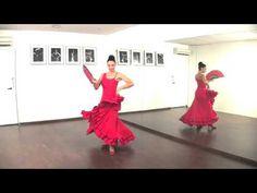 La forma de bailar los tangos flamencos. - YouTube