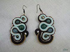 soutache earrings  pendientes de soutache  He encontrado este interesante anuncio de Etsy en https://www.etsy.com/es/listing/162762853/pendientes-de-soutache-con-cuenta-de