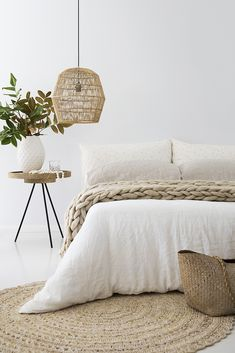 This is a Bedroom Interior Design Ideas. House is a private bedroom and is usually hidden from our guests. However, it is important to her, not only for comfort but also style. Much of our bedroom … Nordic Bedroom, Scandinavian Bedroom, Home Bedroom, Bedroom Ideas, Loft Bedrooms, Master Bedroom, Bedroom Beach, Beach Inspired Bedroom, Minimalist Bedroom Boho