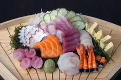 Sashimi Moriawase Meat Recipes, Asian Recipes, Ethnic Recipes, Sushi Co, Tea Dresses, Sushi Time, Best Sushi, Poke Bowl, Yummy Food
