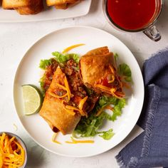 Beef Chimichangas Mexican Dishes, Mexican Food Recipes, Dinner Recipes, Ethnic Recipes, Mexican Cooking, Dinner Ideas, Beef Dishes, Food Dishes, Main Dishes