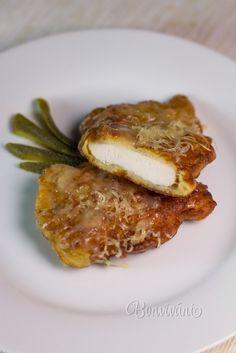 Kurací čiernohorský rezeň Slovak Recipes, Czech Recipes, French Toast, Menu, Bread, Cooking, Breakfast, Kitchens, Menu Board Design