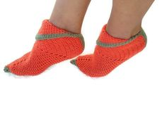FREE SHiPPiNG Orange and green one Elf slippers, peter pan shoes 15% Discount Pinterest Special: PINSN15