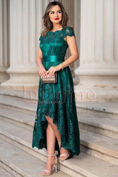 Evening Dresses, Prom Dresses, Amanda, Fashion Dresses, Clothes For Women, Formal, Womens Fashion, Summer Wedding Dresses, Bridesmaids