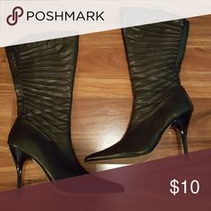 Boots Black in color Shoes Heeled Boots