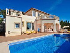 Ferienwohnung Villa Lily für 4 Personen  Details zur #Unterkunft unter https://www.fewoanzeigen24.com/spanien/comunidad-valenciana/03724-moraira/ferienwohnung-mieten/37086:-1139712127:0:mr2.html  #Holiday #Fewoportal #Urlaub #Reisen #Moraira #Ferienwohnung #Spanien