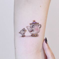 Mrs Potts and chip - Tattoo Baby Tattoos, Family Tattoos, Mini Tattoos, Body Art Tattoos, Cute Tiny Tattoos, Pretty Tattoos, Unique Tattoos, Small Tattoos, Mom Daughter Tattoos